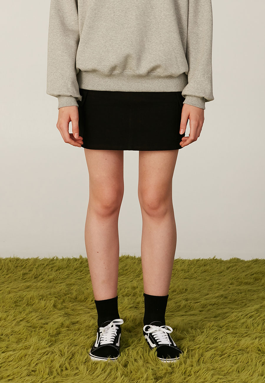 JELLY PATCH POCKET SKIRT[BLACK]